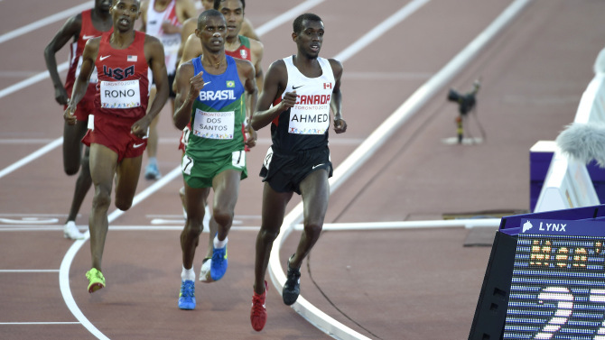 Mohammed Ahmed in action during a race