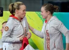 Deux athlète se félicitent