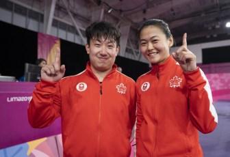 Eugene Wang and Mo Zhang ont remporté l'or en tennis de table double mixte aux Jeux panaméricains de Lima, au Pérou, le 5 août 2019. Photo : Dave Holland/COC
