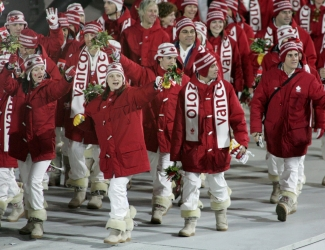 Canadian athletes arrive at the stadium at the closing ceremony at the Olympic Winter Games in Turin Italy on Sunday Feb 26, 2006. (CP PHOTO/COC/Jonathan Hayward)