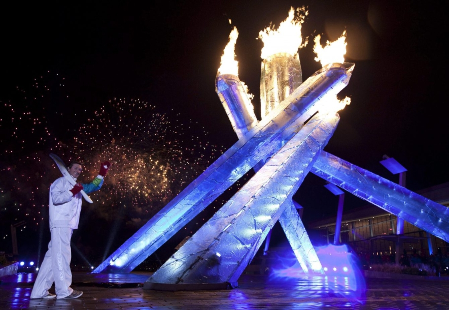 Team Canada - Wayne Gretzky lights the Olympic Cauldron during the Vancouver 2010 Opening Ceremony
