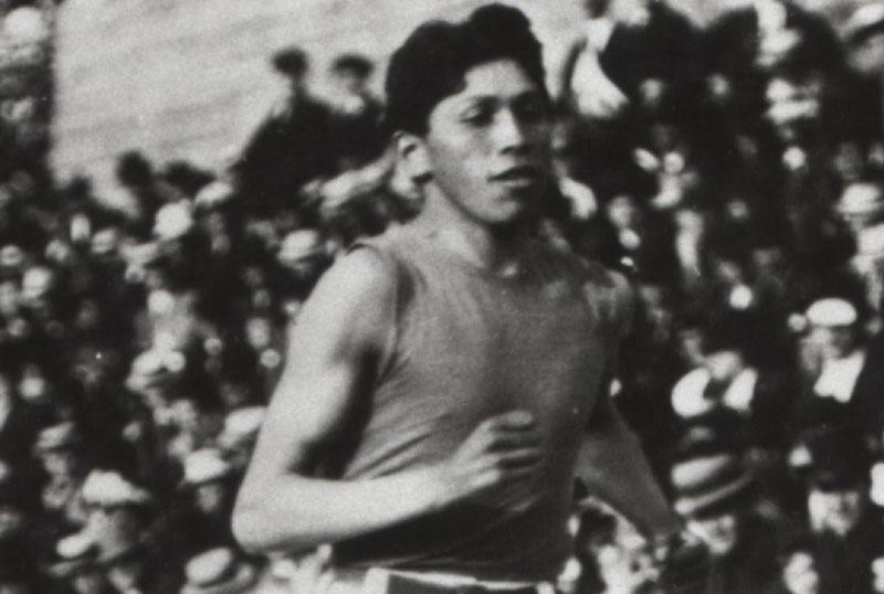 Tom Longboat running- black and white photo