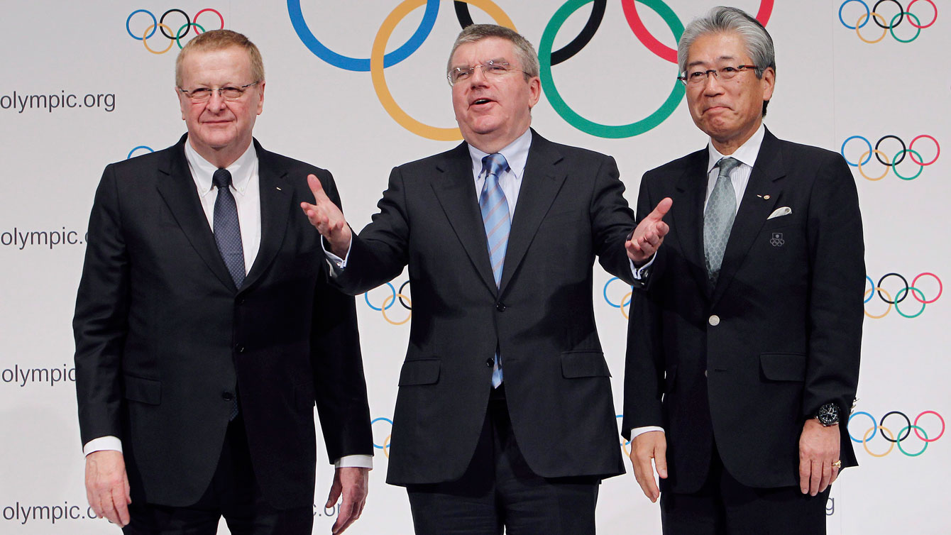 IOC president Thomas Bach (centre) said there is a possibility that baseball and softball could be included in the program for the 2020 Olympic Games in Tokyo.