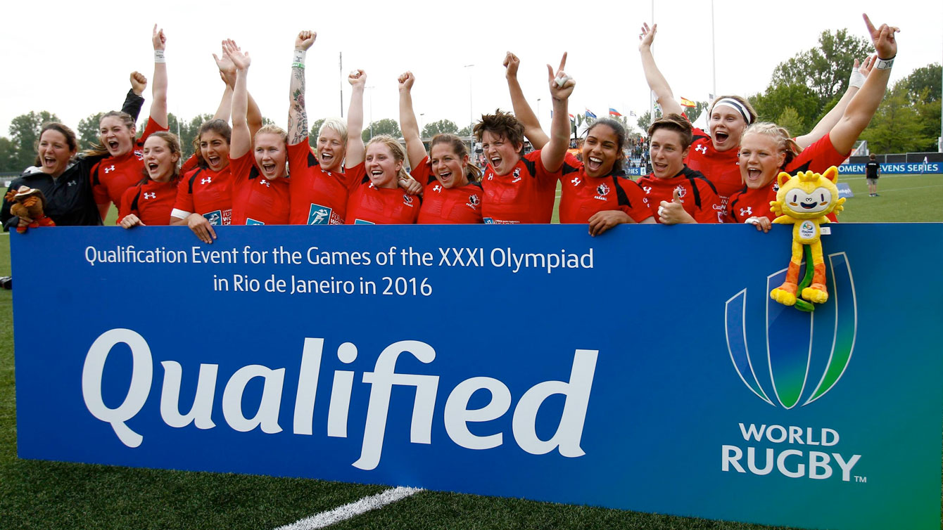 Rugby Canada women's sevens team celebrates Olympic qualification on May 22, 2015 (Photo: Martin Seras Lima/World Rugby).
