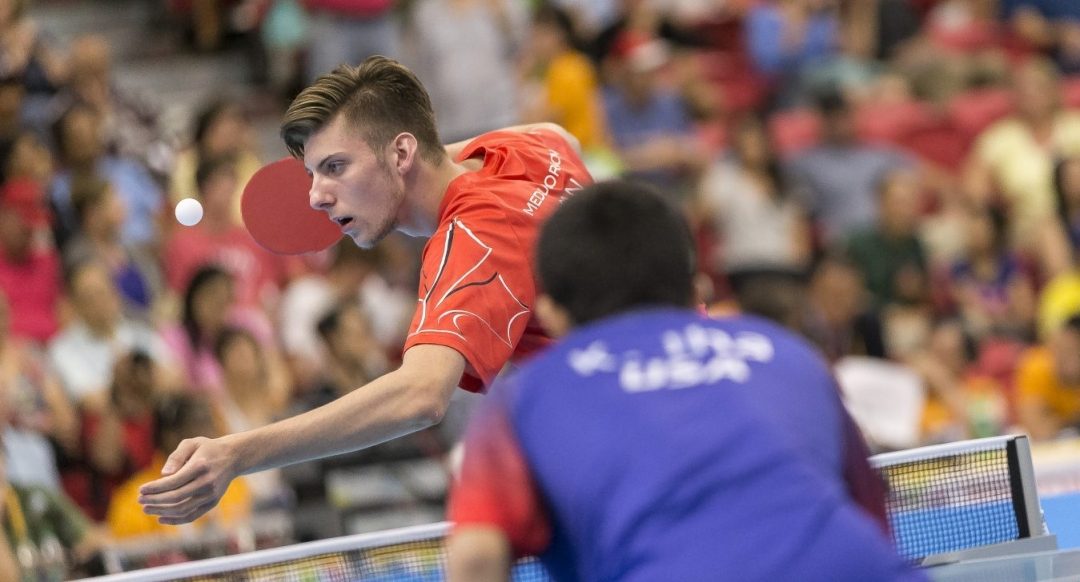 Marko Medjugorac serves to opponent