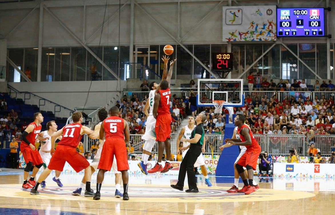 Canada's men took on Brazil in the TO2015 basketball final on July 25, 2015.