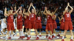 Canada player salute the crowd after Pan Am Games gold medal win on July 20, 2015.