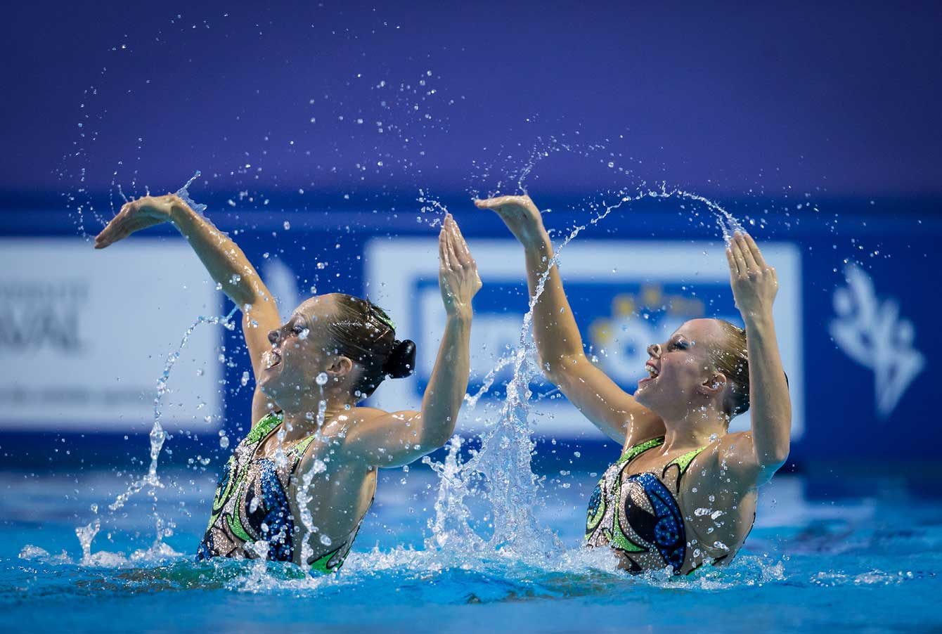 Karine Thomas (left) and Jacqueline Simoneau seen at the 2015 Synchronized Swimming World Cup.   Photo: Synchro Canada