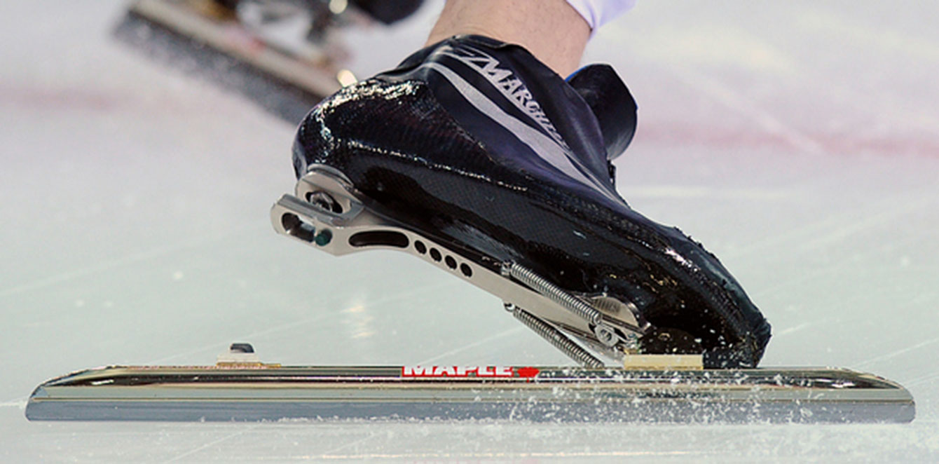 A really nice picture of how the clap skate assists through longer blade-to-ice contact.