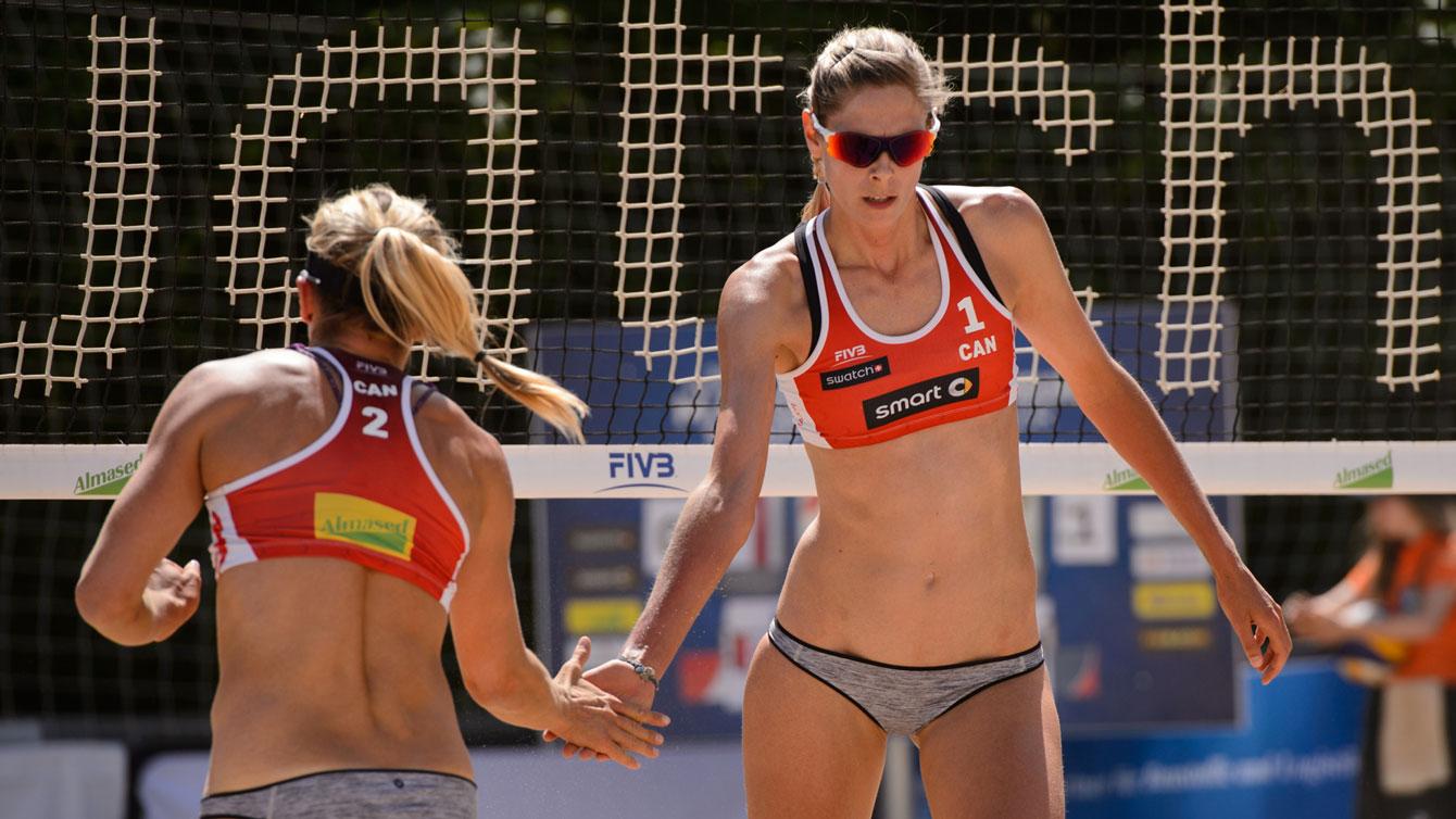 Heather Bansley (left), and Sarah Pavan at the 2016 Hamburg Major (Photo: FIVB)