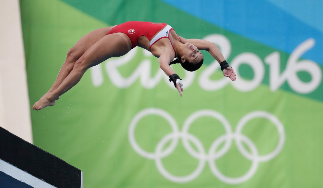 Meaghan Benfeito diving at Rio 2016.