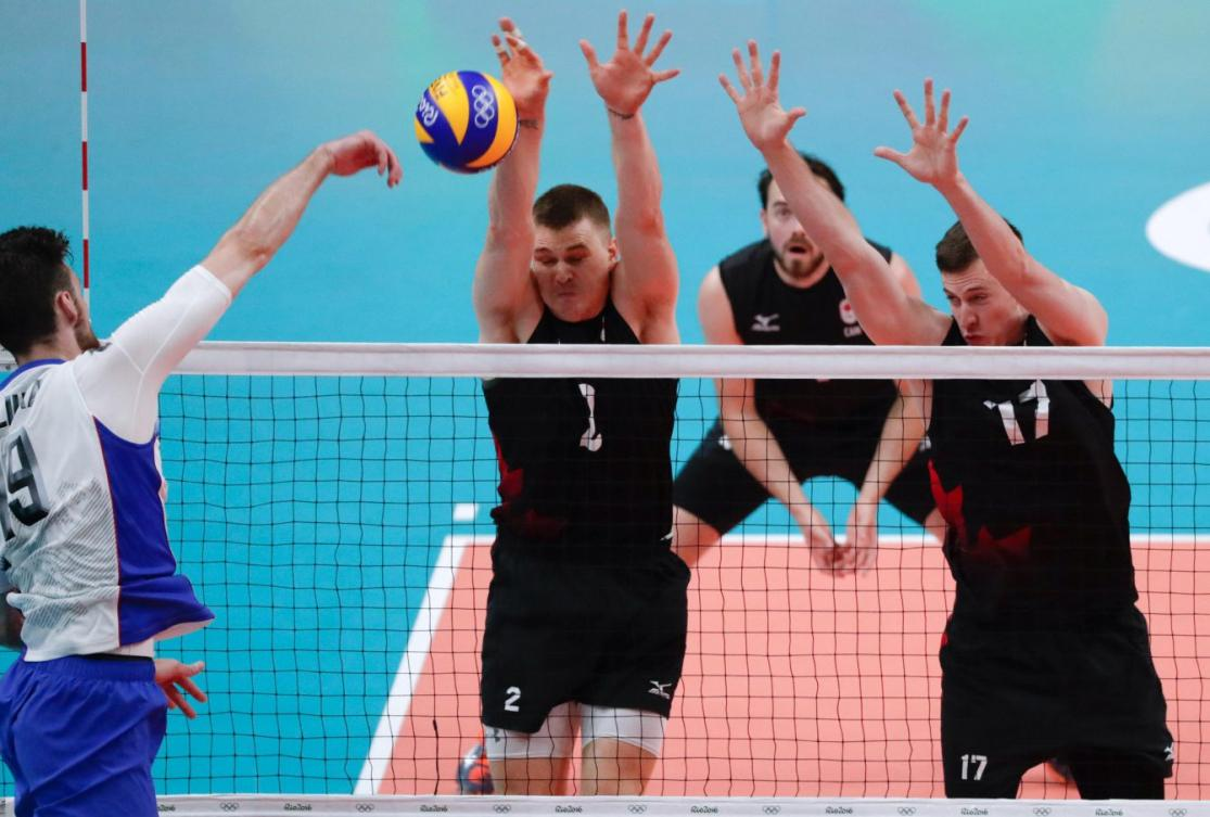 Canada faces Russia in the quarterfinals of the men's Olympic volleyball tournament at Rio 2016 (COC/Jason Ransom)