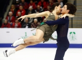 Canada's Tessa Virtue and Scott Moir perform in the Ice Dance Free Skating Program during the 2016 Skate Canada International competition in Mississauga, Ont., on Saturday, October 29, 2016. THE CANADIAN PRESS/Mark Blinch