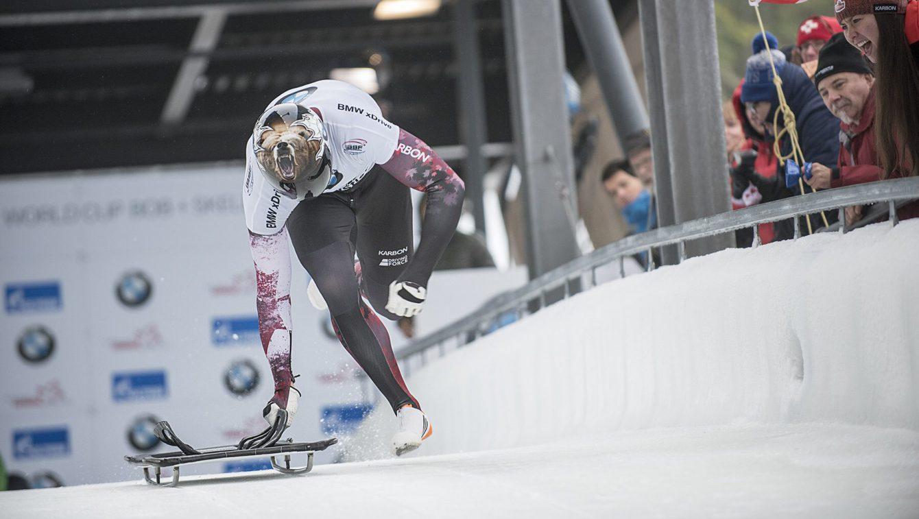 Team Canada - Greszczyszyn begins a run