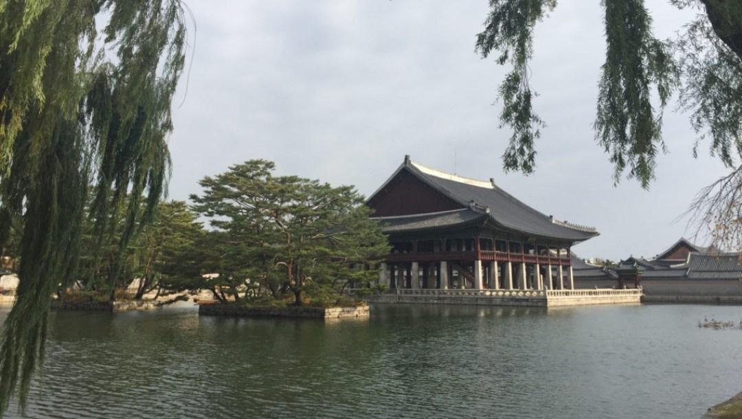Team Canada - Gyeongbokgung Palace