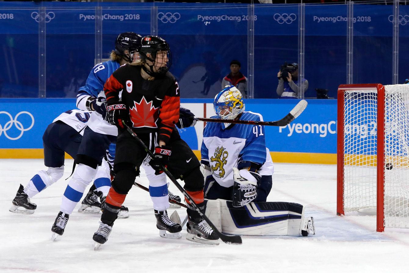 Team Canada women's hockey vs Finland
