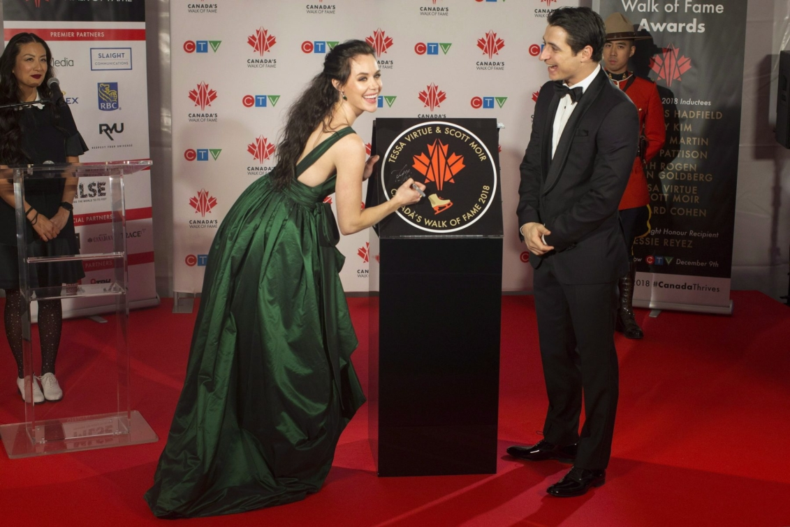 Tessa and Scott with their Canadian Walk of Fame sign unveiling