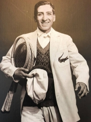 René Lacoste wearing is now iconic crocodile embroided jacket. (Photo: Le Point.fr)