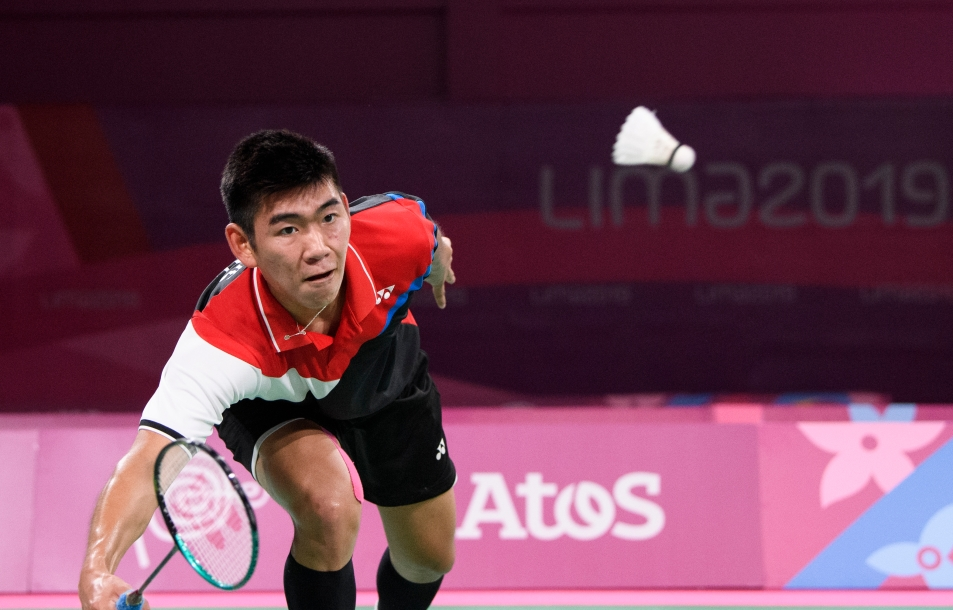Jason Ho-Shue of Canada competes against Ygor Coelho of Brasil at the Lima 2019 Pan American Games