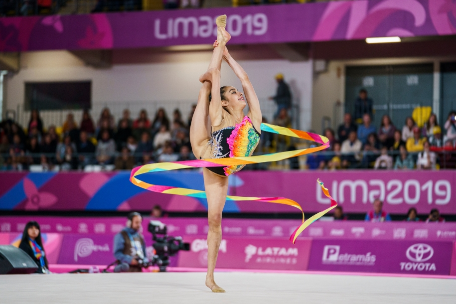 Natalie Garcia performing her ribbons routine at Lima 2019.
