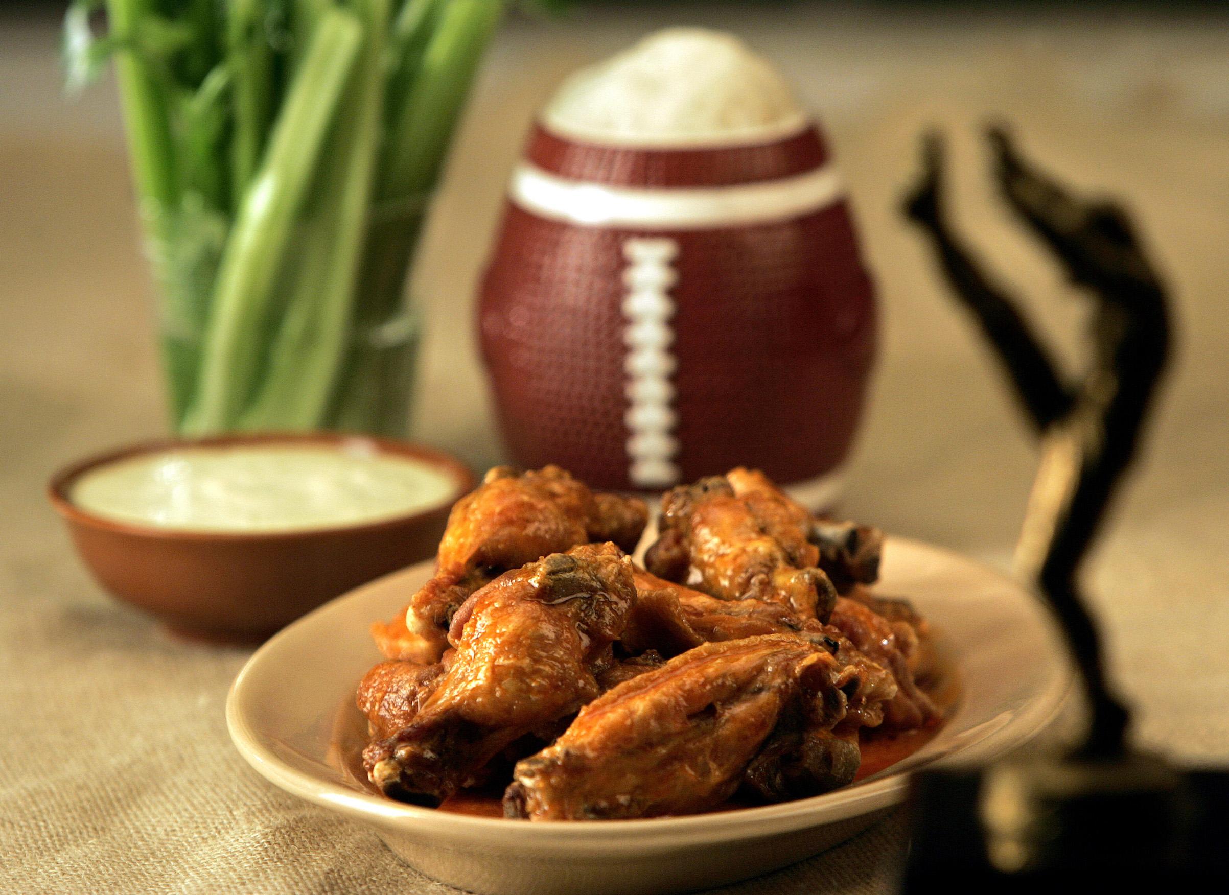 A bowl of Buffalo chicken wings
