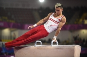 Justin Karstadt competes pommelhorse