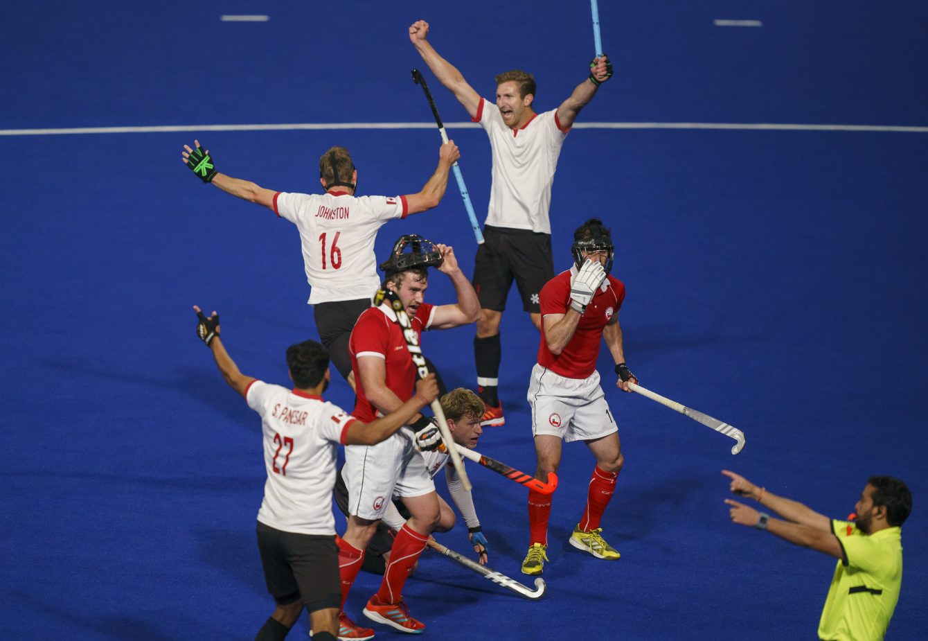 Men's Field Hockey celebrates advancing to the Lima 2019 gold medal final
