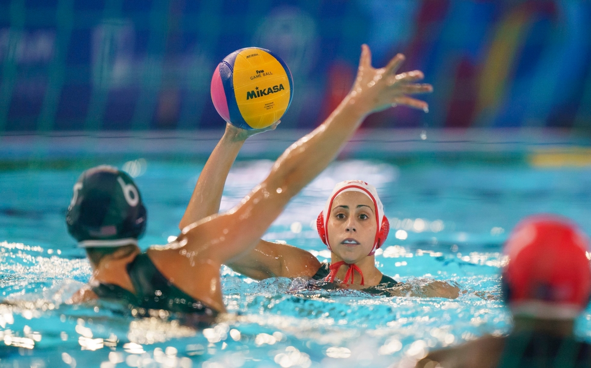 Joelle Bekhazi of Canada throws the ball against the United States in the women's water polo final at the Lima Pan American Games on Saturday, Aug. 10, 2019. THE CANADIAN PRESS/HO-COC, Dave Holland, *MANDATORY CREDIT*
