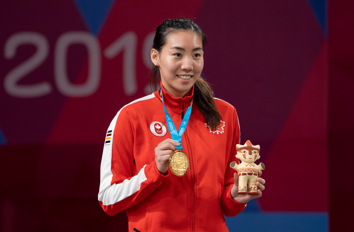 Michelle Li poses with gold medal