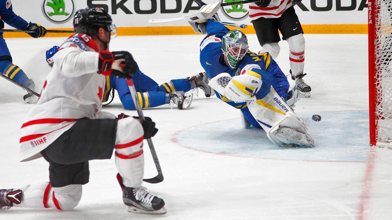 Max Domi au au Championnat du monde IIHF, le 19 mai 2016 (AP Photo/Dmitri Lovetsky)