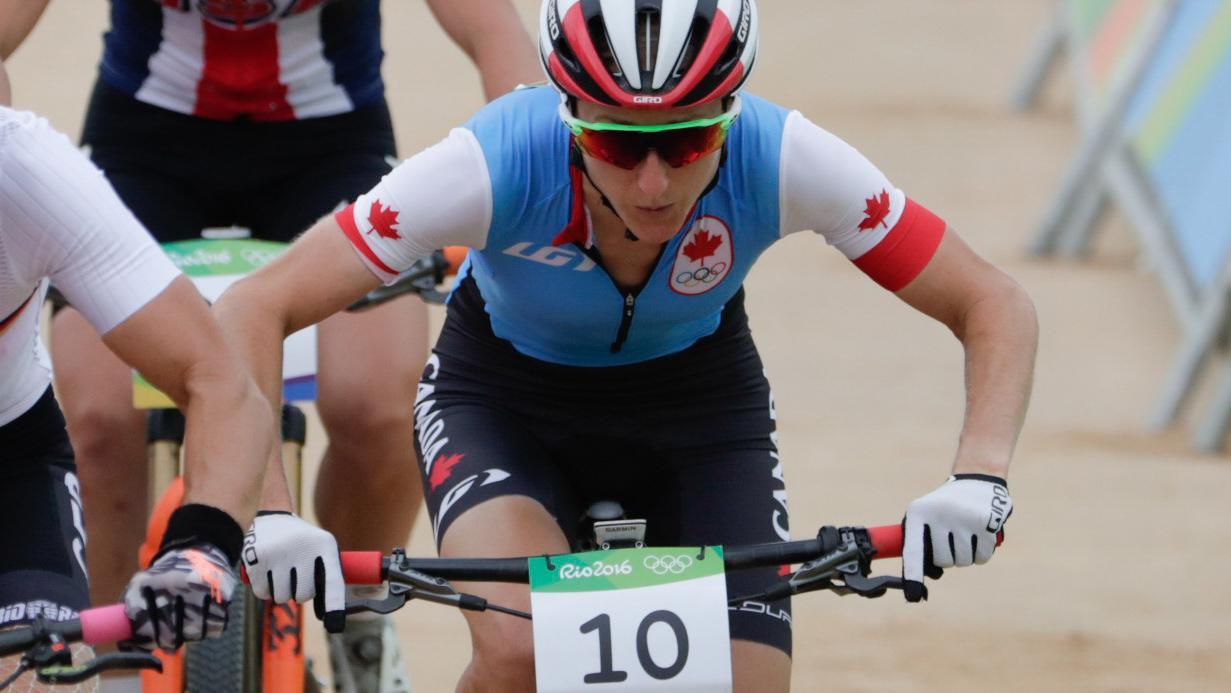 Catharine Pendrel a réalisé une remontée spectaculaire samedi sur le parcours olympique de vélo de montagne (COC Photo/David Jackson).