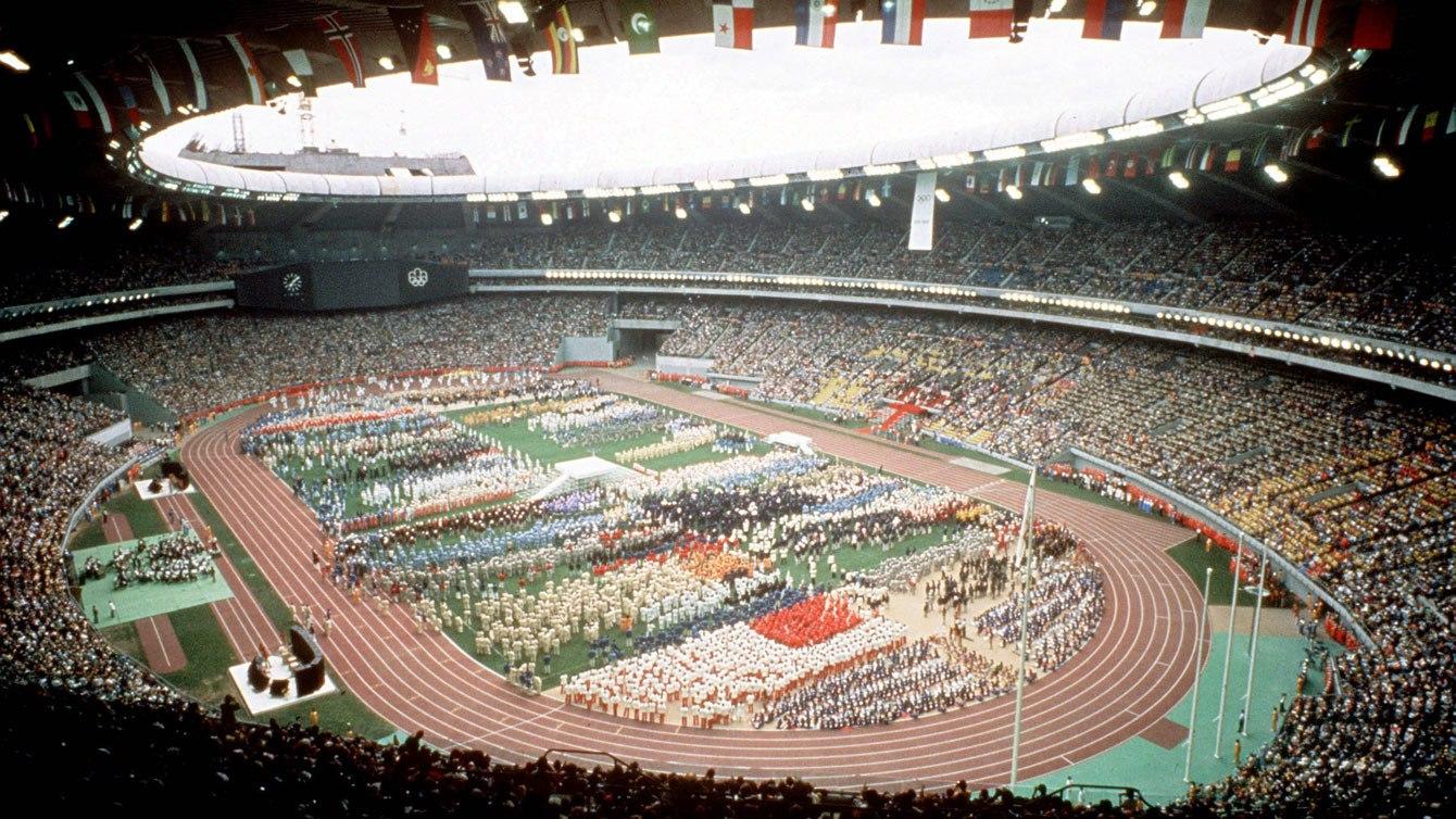 Les athlètes regroupés lors de la cérémonie d'ouverture des Jeux olympiques de Montréal, en 1976.